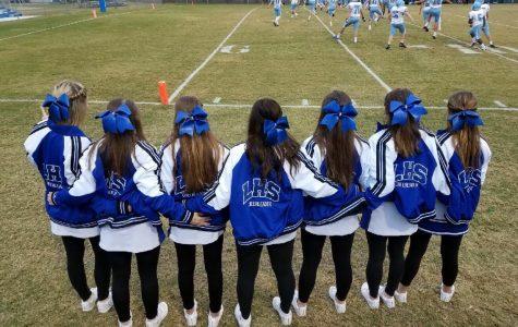 Cheerleaders Gear Up For 2019 Season