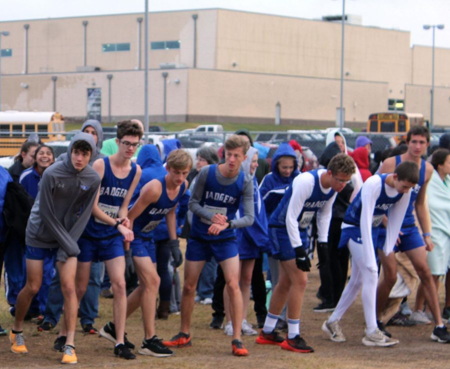 LHS Hosts District Cross Country Meet