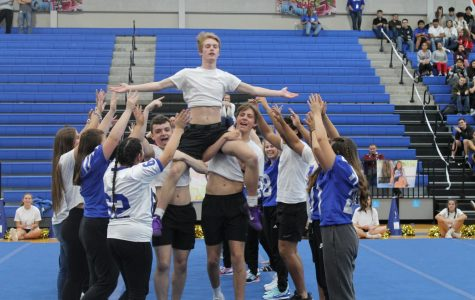 Seniors Enjoy Final Pep Rally