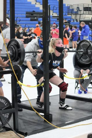 Senior Alyssa Ayers competes in the LHS powerlifting meet Jan. 14.